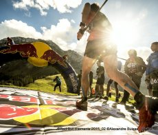 red-bull-elements-course-a-pied-trail-parcours © Alexandre Buisse Red Bull Content Pool